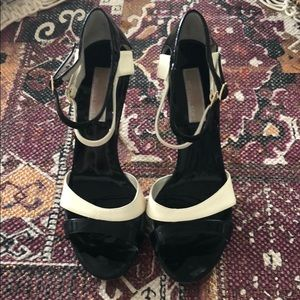 Michael kors collection Candi patten leather heels